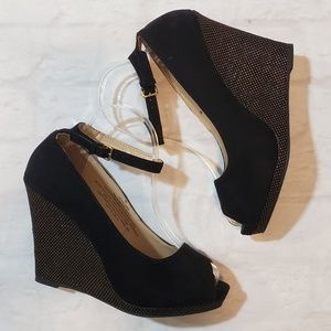 Mossimo Blace Faux Suede Wedges